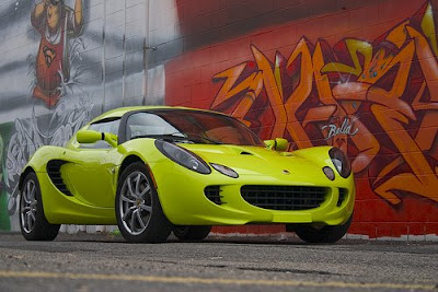 Lotus Elise and Graffiti