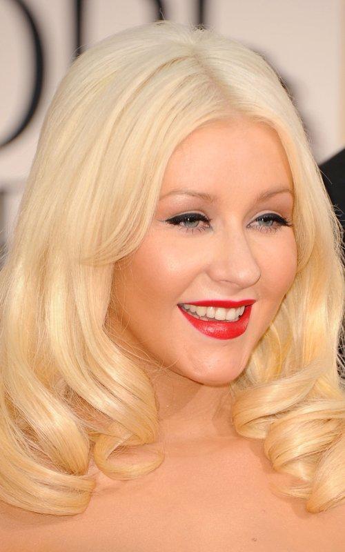 christina aguilera 2011 golden globes. Christina Aguilera#39;s face?