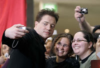 Brendan Fraser with fans at Sydney Premiere of Mummy 3 - Photo courtesy AP/Rob Griffith
