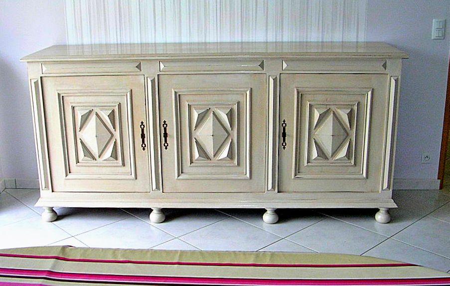Bruno travaux restauration et relookage d 39 un buffet louis for Restauration meubles peints