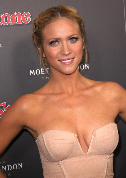 brittany snow ass nude