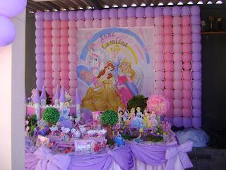 Festa Das Princesas  Tela De Bal  Es   Mesa Feita Pela Milly E Keila