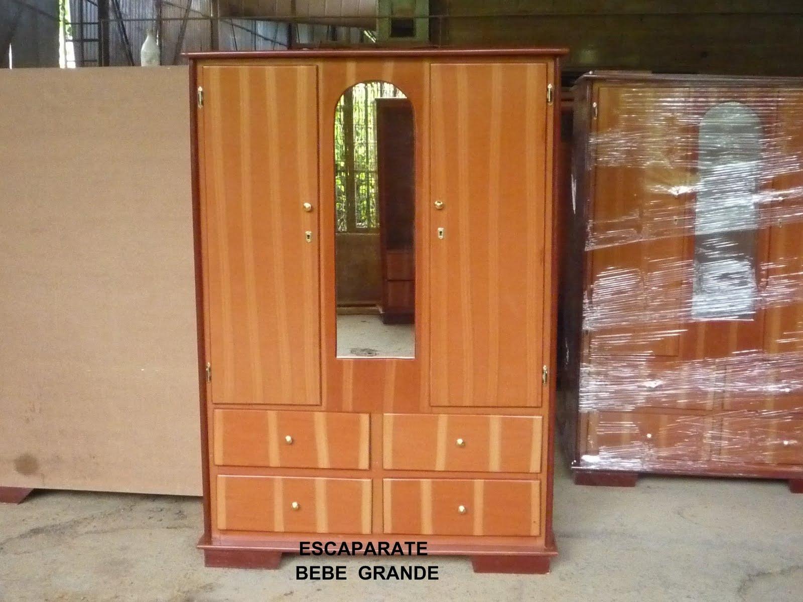 Fabrica de muebles de pino y mdf de inversiones jk 96 c a for Muebles para escaparates