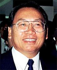 DATUK SERI JOSEPH PAIRIN KITINGAN   (Presiden Parti Bersatu Sabah-PBS)