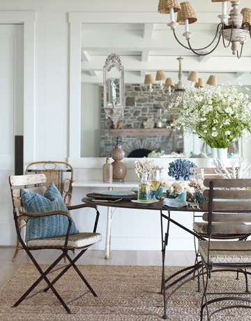 D cor de provence a whitewashed california beach house for French country beach house