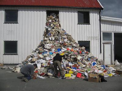Keine Müllprobleme: Kunst in Svolvär