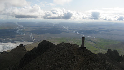 Gipfelaufbau Kristinartindar Island