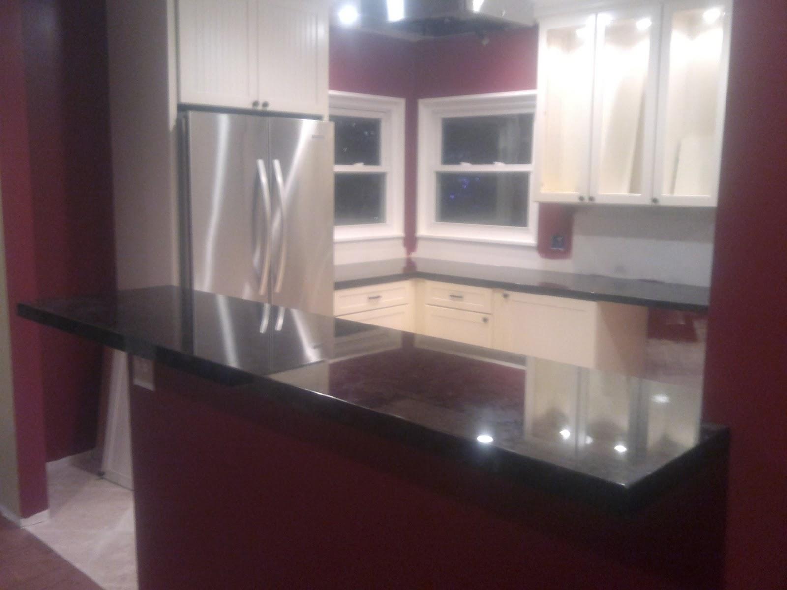 Silestone silestone caesarstone granite marble kitchen for Silestone o granito