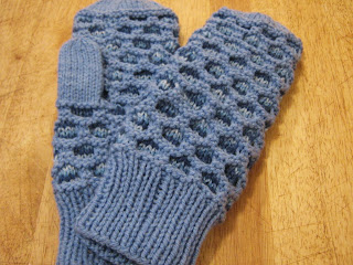 Anne of Green Gables ~ Knit & Read Along: The Newfoundland Mitten