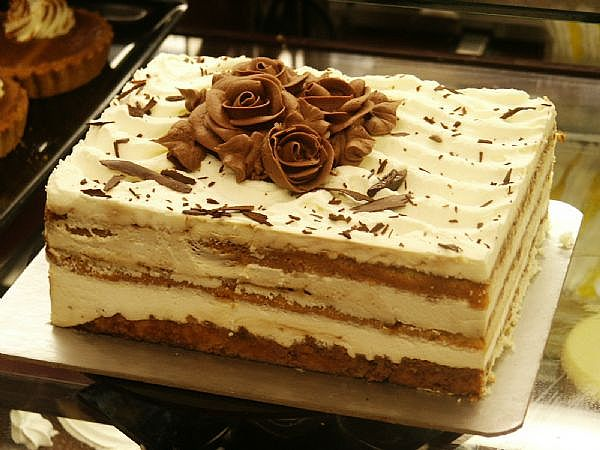 Beautiful Of tiramisu cake