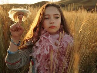 Jodelle Ferland interpretando a Jeliza-Rose