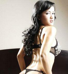 foto julia perez, nggak telanjang juga tetep menggoda
