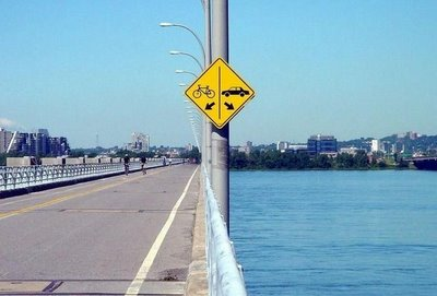 [funny-signs-car-bike.jpg]