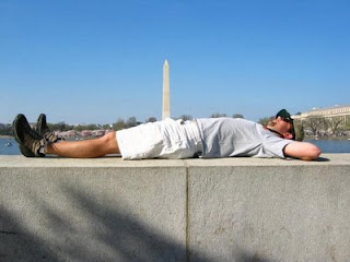 jokes photos funny pic of guy lying in front of washington monument gives impresion its growing out of pants rude