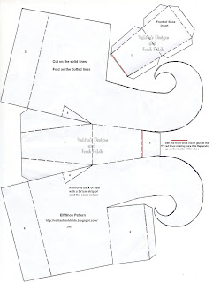 Elf Patterns For Paper http://valitasfreshfolds.blogspot.com/2007/12/elf-shoes.html