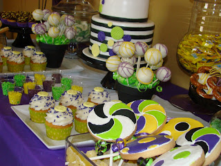 dessert table - sweet cakes by rebecca