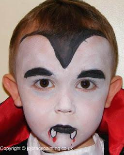 Disfraz y maquillaje de drácula para niños
