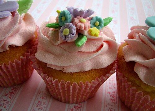 [cupcakes+van]