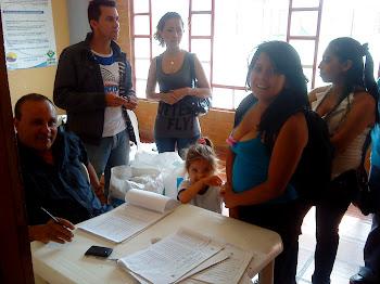 ENTREGA DE DESAYUNOS INFANTILES A NIÑOS DE LA ESTRATEGIA JUNTOS