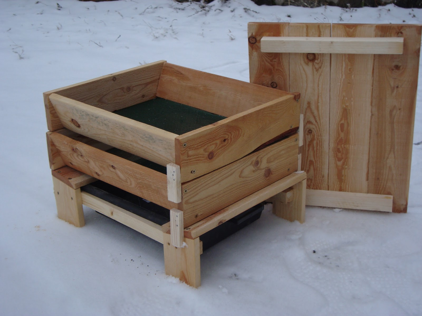 a d c b creation bois cr ation lombricomposteur bois. Black Bedroom Furniture Sets. Home Design Ideas