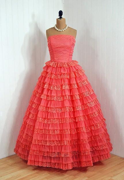 Выпускные платья 50 х
