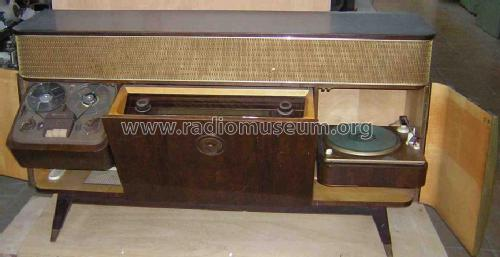 Carrie S Bar Amp Grill Grundig Majestic 8090