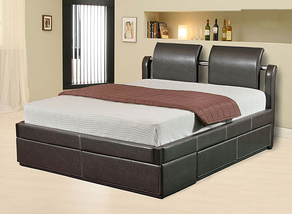 Dormitorios modernos modernas camas tapizadas for Modelos de camas matrimoniales modernas
