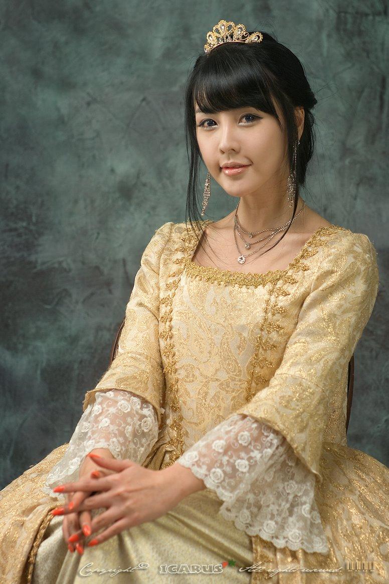 BONITA: KOREANSTAR 18 lee ji wo