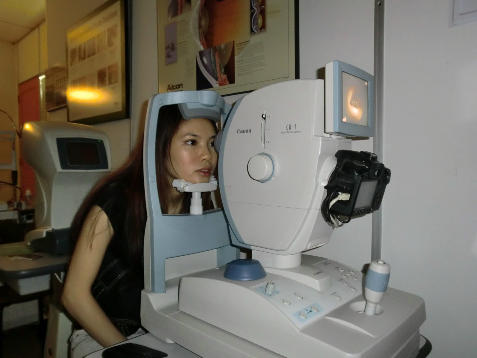 glaucoma test machine