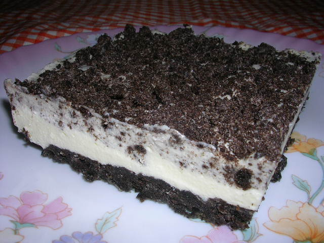 CHILLED OREO CHEESE CAKE : RM44 (1.2kg)***