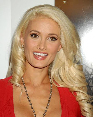 Celebrity Hairstyles: Holly Madison-1 Long bangs with ended curly hairstyles