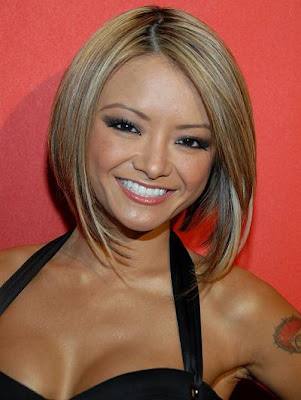 If the bob reaches the shoulders, it is considered as the long hair bob.