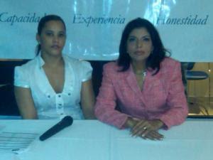 """Frank Reyes """"lo único que manda es víveres"""" para los muchachos, afirma su ex mujer ante la prensa"""