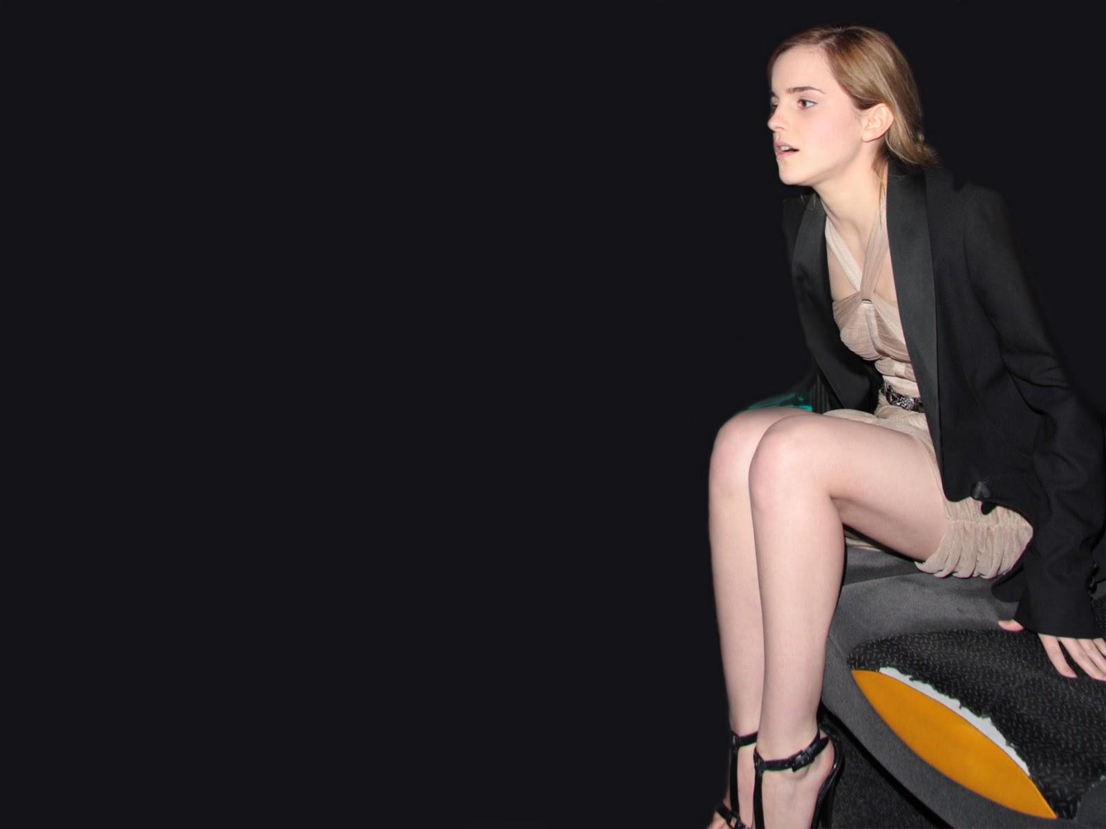 Automotive Area Emma Watson Hot Wallpapers