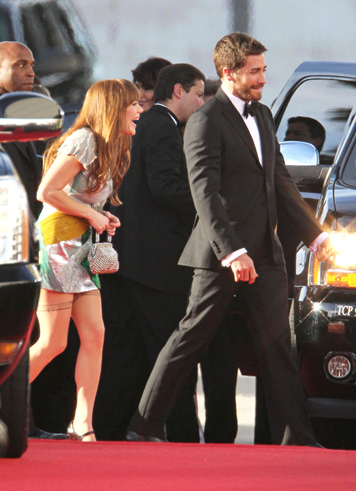 2011 Golden Globes Jake Gyllenhaal. It looks like Jake Gyllenhaal