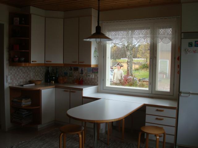 Villa Harmonia Keittiö ennen ja jälkeen