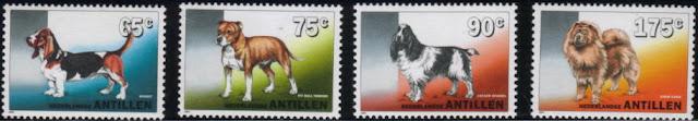1994年オランダ領アンチル バセット・ハウンド ブル・テリア コッカー・スパニエル チャウ・チャウの切手
