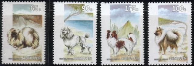 1993年オランダ領アンチル ペキニーズ プードル パピヨン スピッツの切手