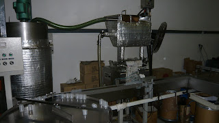 machine to bottle the ointment