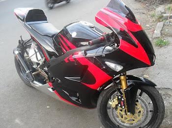 VIXION R1