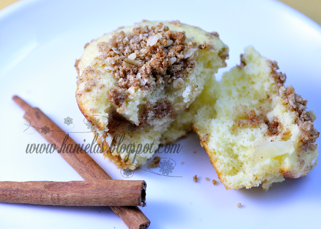 Exclusively Food Apple Cake