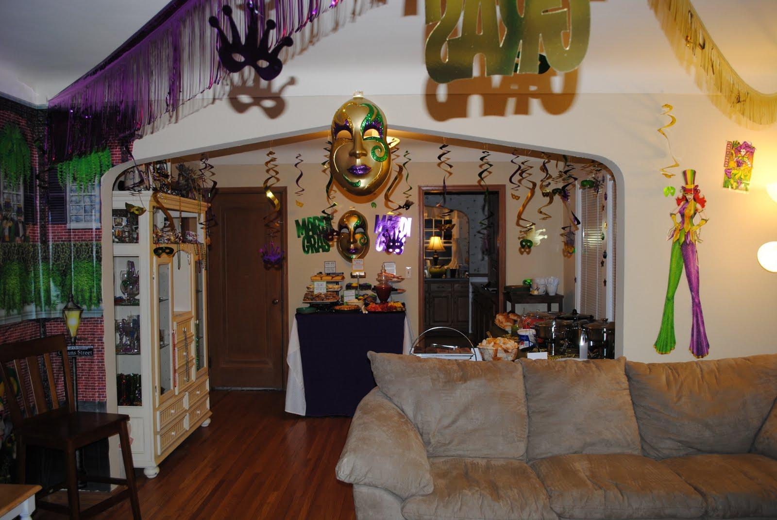 Heathers creative life romp in the swamp louisiana halloween party romp in the swamp louisiana halloween party mardi gras decor arubaitofo Choice Image