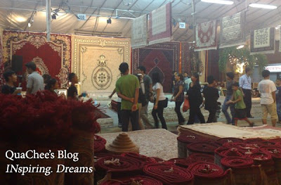 raya, singapore, geylang serai, carpets