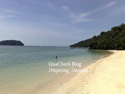 manukan island beach quiet