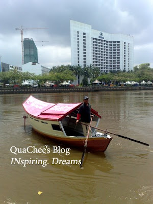 kuching river boat