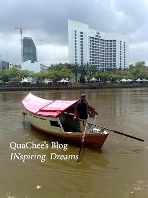kuching river boat