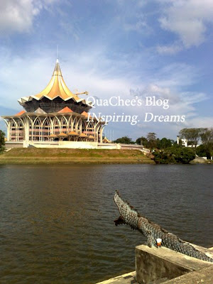 kuching waterfront state parliament