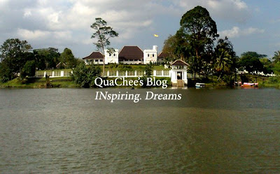 kuching waterfront astana