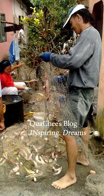 kuching fisherman kampung fish