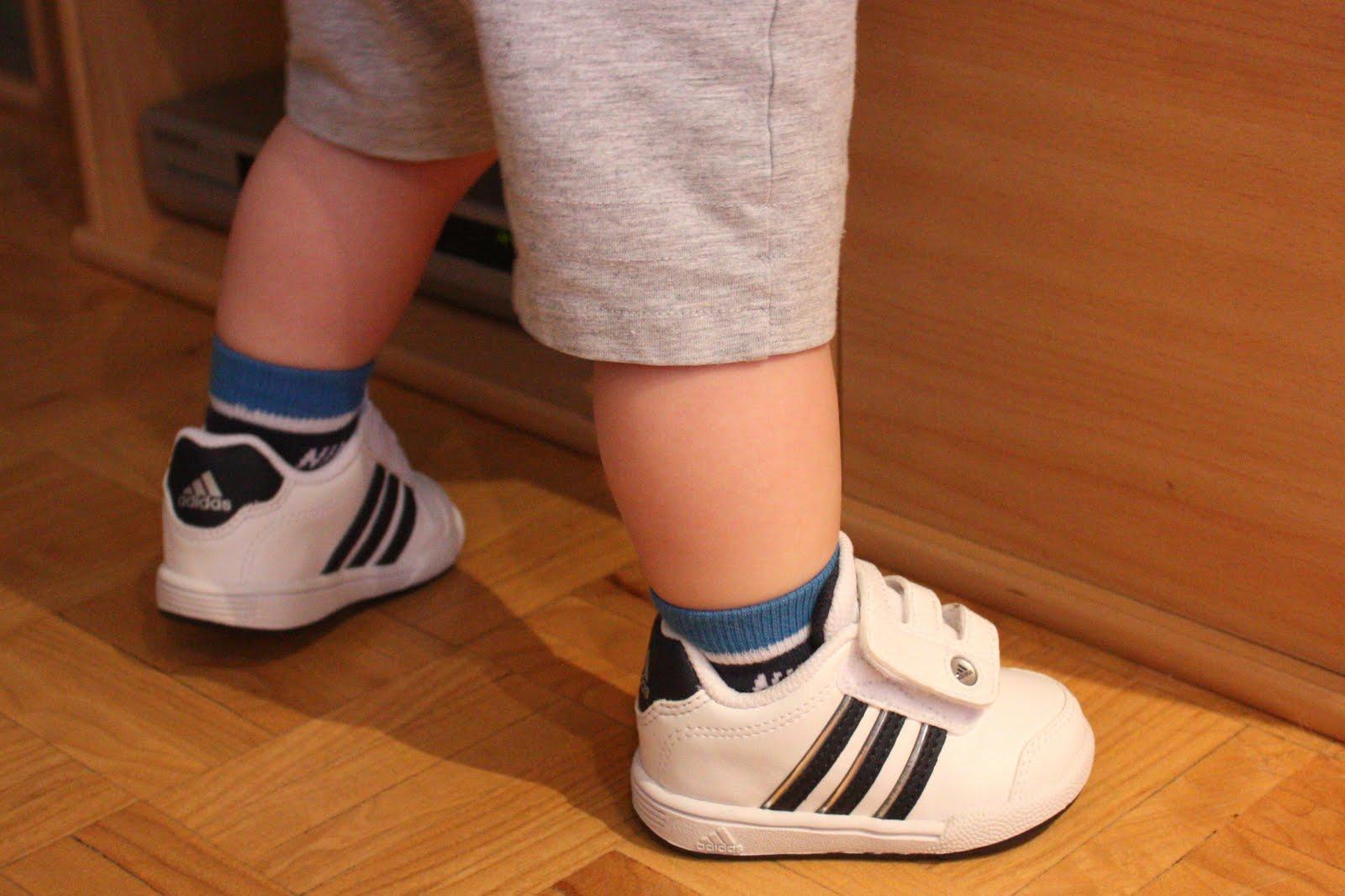 zapatillas adidas bebe con suela